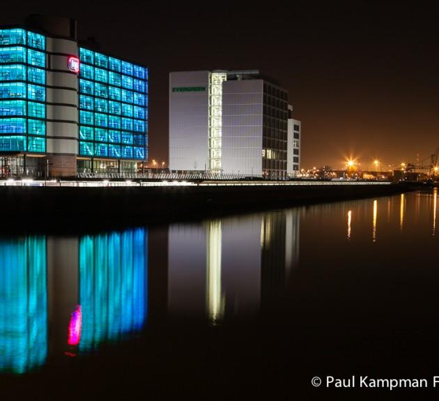 De Rotterdamse haven bij nacht