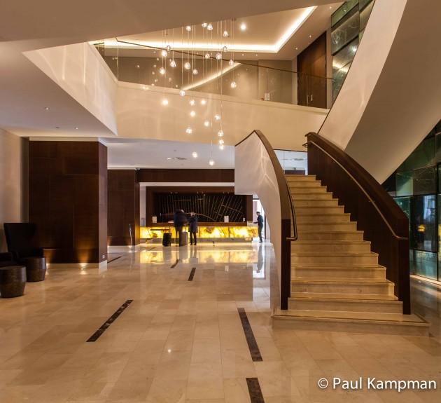 Grote hal Hilton Hotel Rotterdam