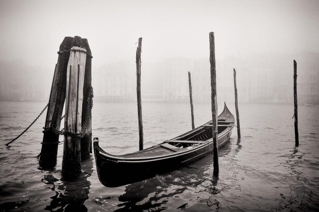 gondel in de mist